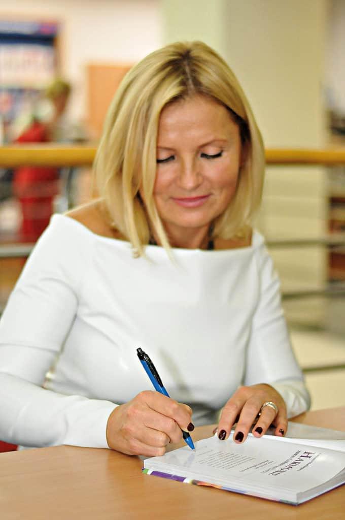 Antónia Mačingová, Osobné poradenstvo a konzultácia